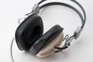 Headphones_1.jpg